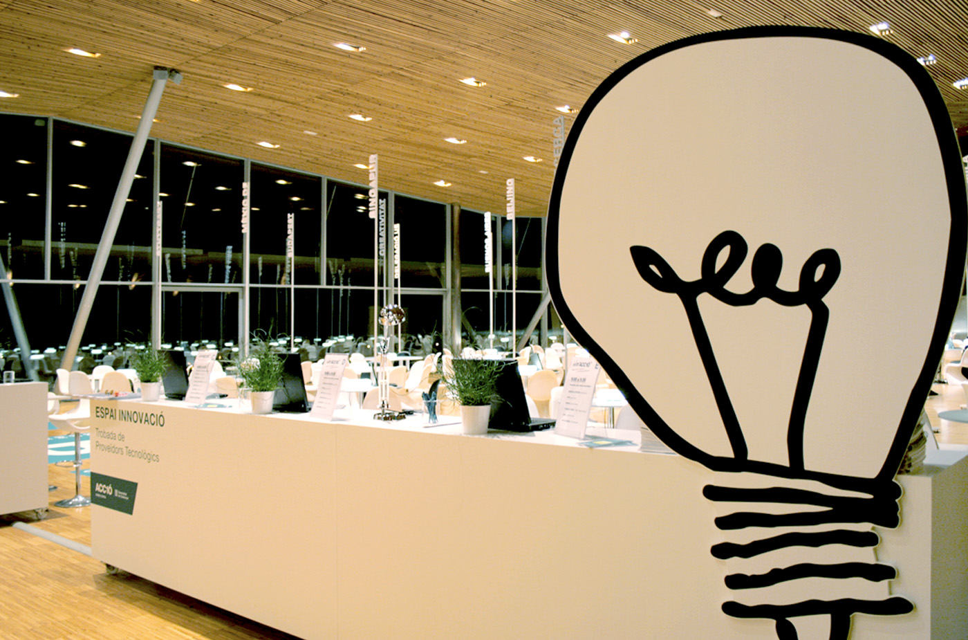 04-ACC10-interaccio-creartiva-stand-espai-evemnto-feria-expo